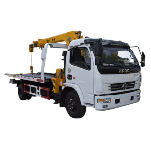 Dongfeng 5 ton flatbed tow truck mounted crane