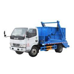 Dongfeng 5000 liter Swing arm garbage truck
