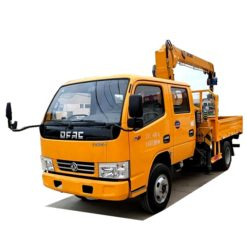 Dongfeng Double row 3 ton dump truck with crane