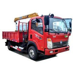 Sinotruk 3 ton small crane truck