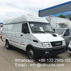 IVECO minibus 2 ton refrigerator truck