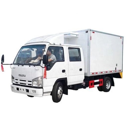 3 ton Double Row Isuzu refrigerator truck