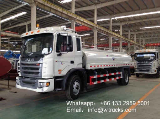 JAC 3000 gallon to 4000 gallon water tank truck