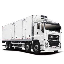 8x4 ISUZU VC61 25 ton to 30 ton refrigerated truck