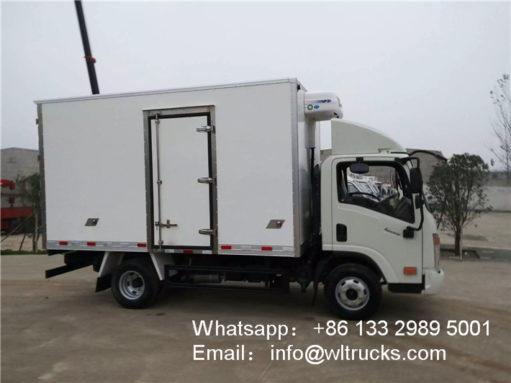 Dayun 3 ton freezer truck
