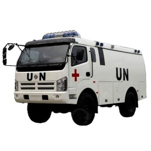 Dongfeng 4x4 diesel medical ambulance bus