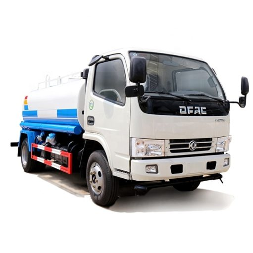 Dongfeng 5000l water tank truck