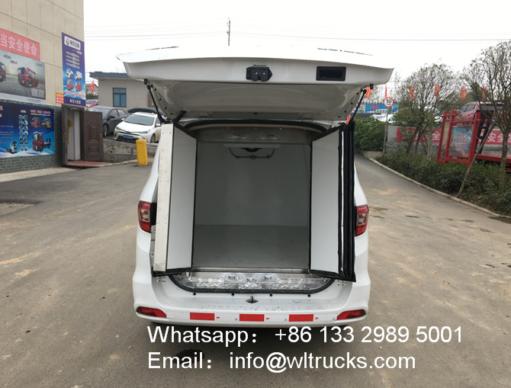Foton IX5 2m3 mini reefer box trucks