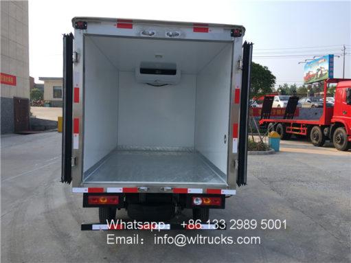 Foton mini refrigerated trucks