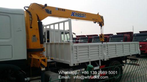 HOWO truck and crane