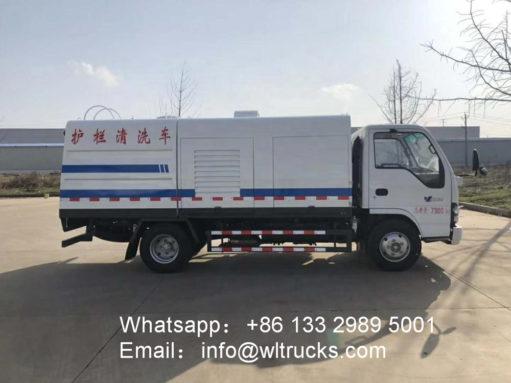ISUZU 4m3 guardrail washing truck