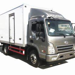 Korea Hyundai 14ft 3 ton refrigerated truck