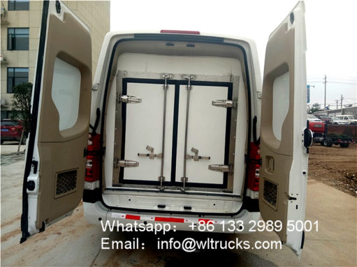 minibus refrigerated truck