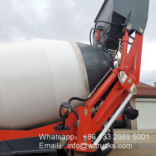 2m3 self loading mixer truck