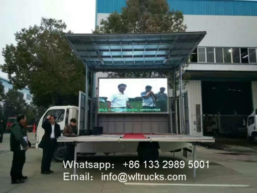 36 square meters mobile stage truck