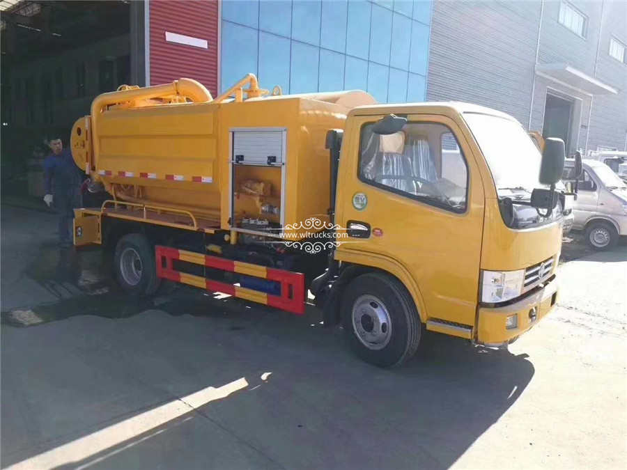 5 tons Cleaning sewage suction truck