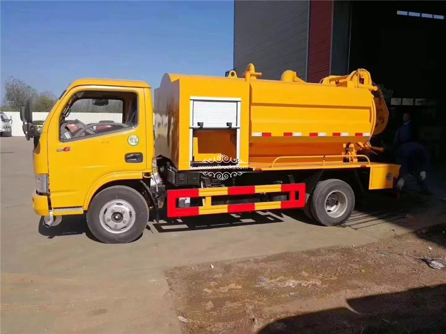 Dongfeng 5 tons Cleaning sewage suction truck