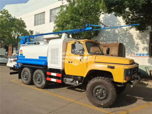 Dongfeng 6x6 full drive multifunctional solar photovoltaic panel cleaning truck