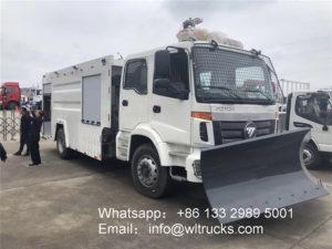 Foton Auman Water tank fire truck with snow shovel
