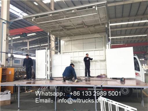 Sinotruk howo stage truck