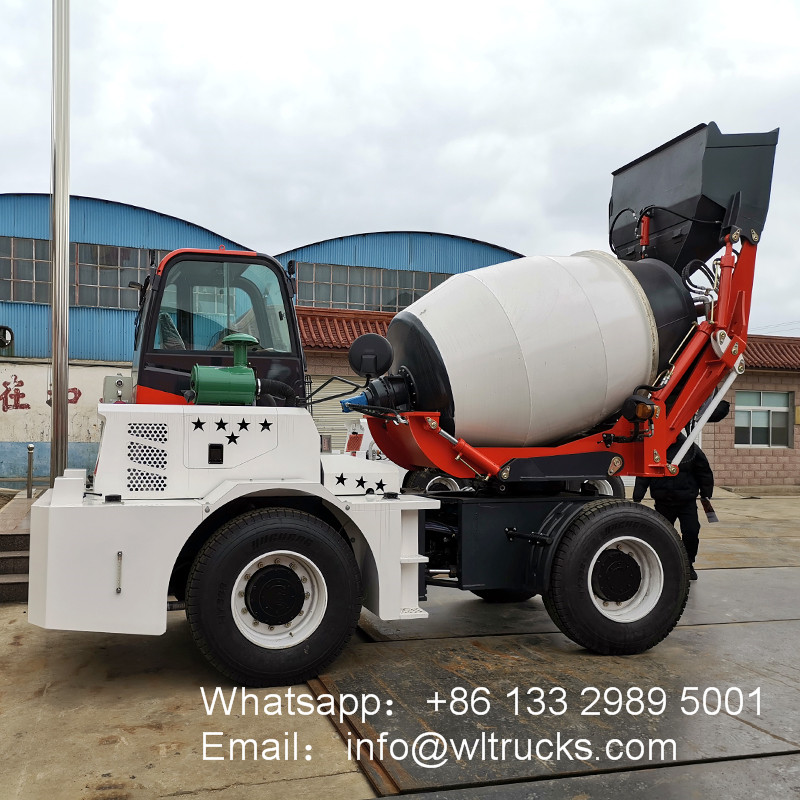 2m3 self loading concrete mixer truck