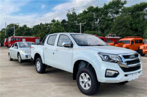 4WD pickup truck tow car
