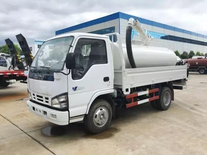 5000L vacuum Fecal truck