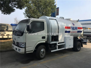 Dongfeng small Gas Dispensing Truck