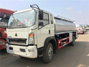 HOWO 12000L Petrol Refuelling truck