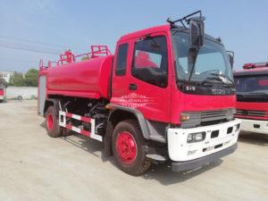 Isuzu fire water tank truck