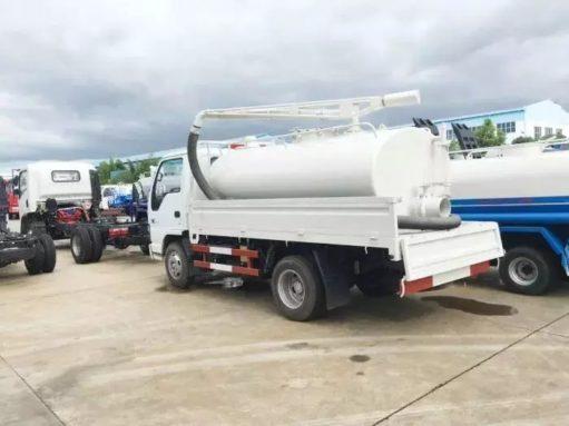 Japan ISUZU vacuum Fecal truck