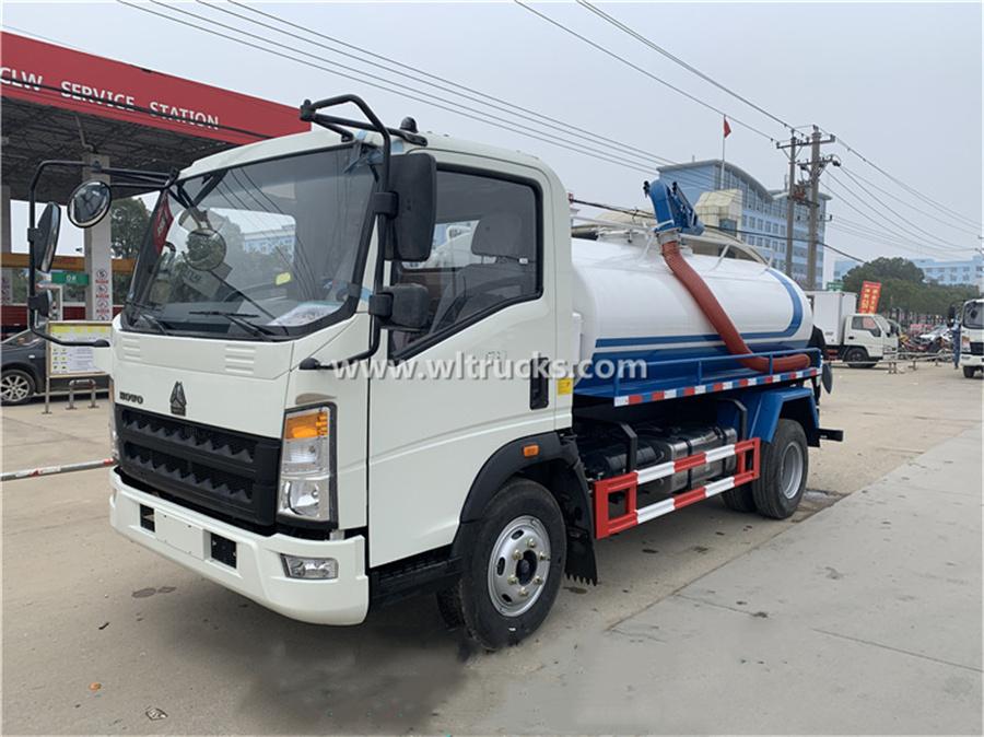 Sinotruk Howo vacuum fecal suction truck