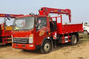 Sinotruk truck crane