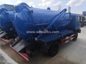 6 wheel Dongfeng 8 ton vacuum Sewage Suction Truck