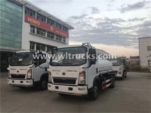 Howo 5 ton Stainless Steel Potable Water Tanker Truck