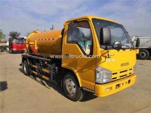 Isuzu 4000 liters Septic Tanker Suction Truck