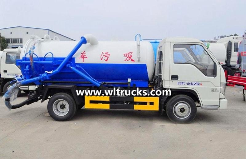 2000L mini vacuum Sewage Suction Truck2000L mini vacuum Sewage Suction Truck