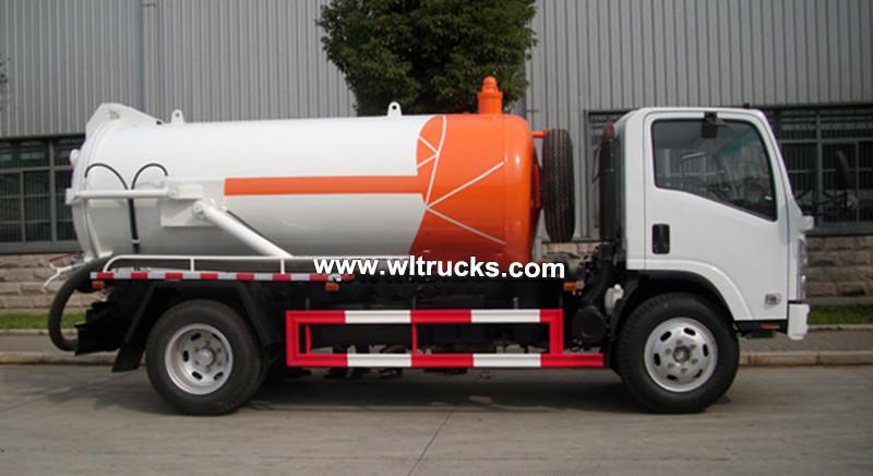 Isuzu 8cbm sewer vacuum sewage suction truck