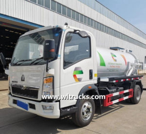 Sinotruk Howo 5m3 sewer vacuum sewage suction tanker truck