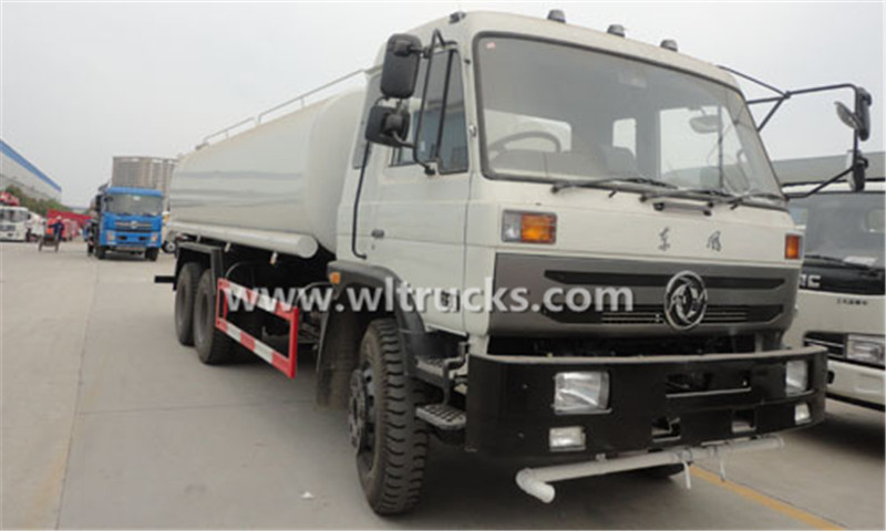 Dongfeng 6x4 water tank truck