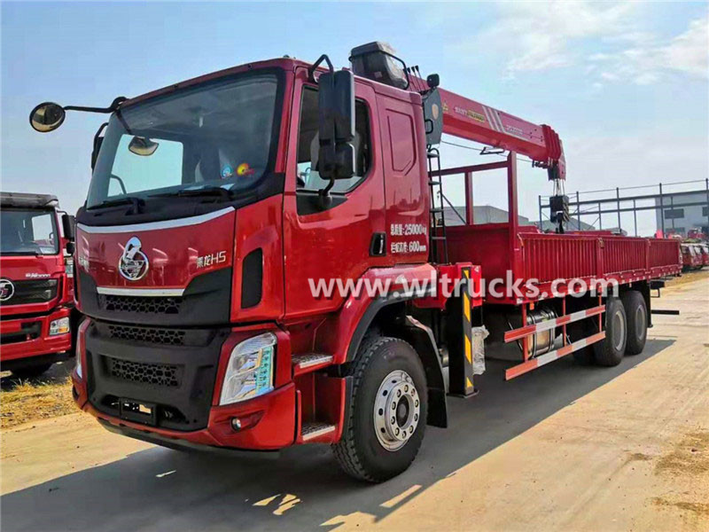 10 wheeler Liuzhou Chenglong H5 truck mounted Sany Palfinger 12 ton crane