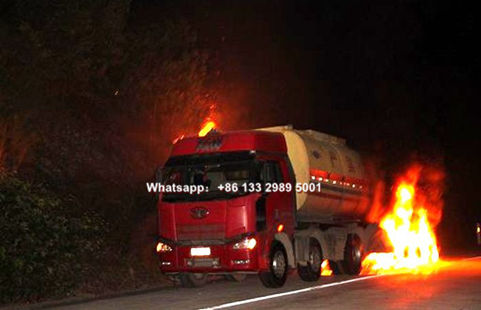 Fuel oil tanker truck Spontaneous combustion pictures