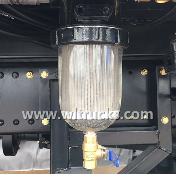 Road sweeper truck Water filter cup
