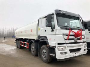 8x4 Sinotruk Howo water tanker truck