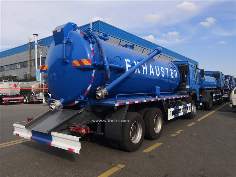 10 wheel HOWO 18000L vacuum sewage suction truck