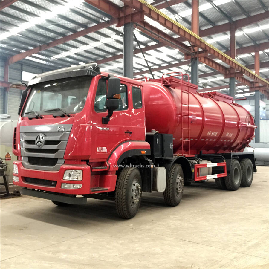 12 wheel Sinotruk Howo 20m3 sewage pump truck