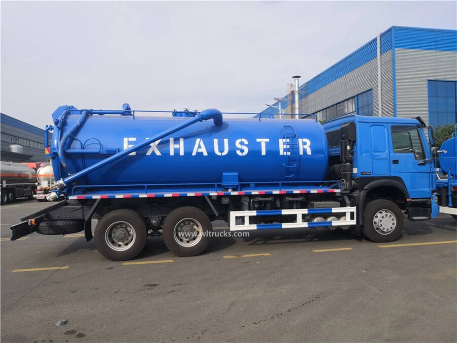 6x4 HOWO 18000 liters sewage suction truck