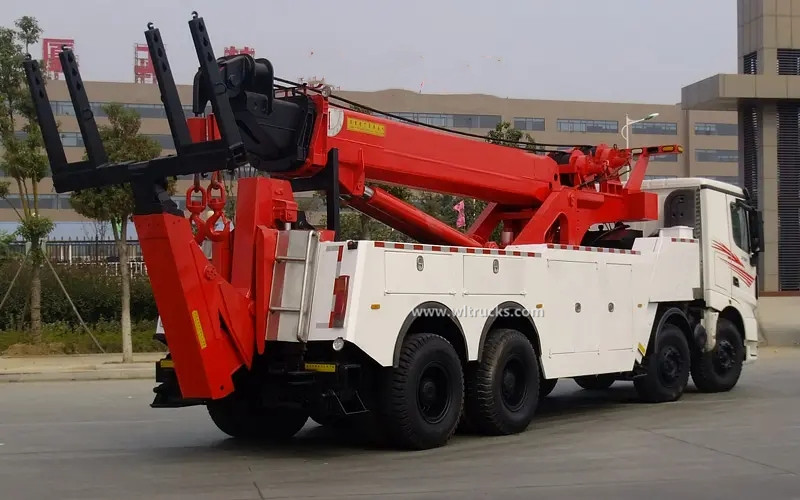 12 wheel North Benz 60 ton rotator recovery wrecker tow truck