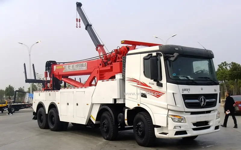 8x4 North Benz 60 ton rotator recovery wrecker truck