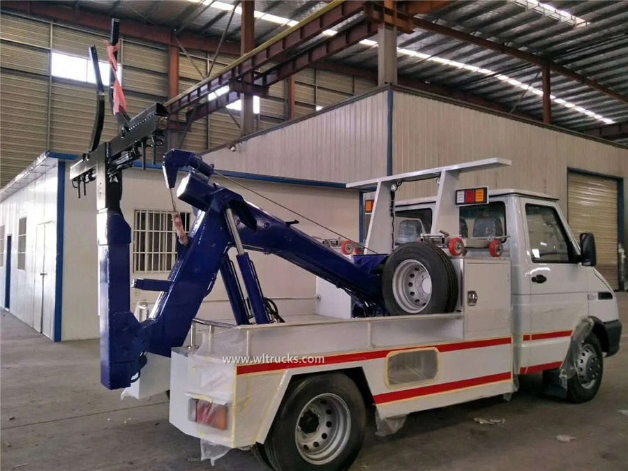 IVECO 3 ton recovery wrecker carrier truck